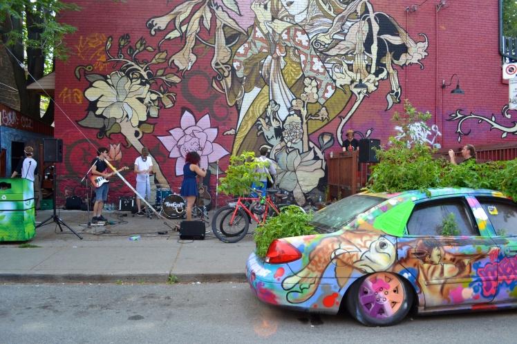 Band & plant car