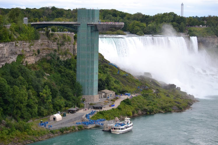 Maid of the Mist line up
